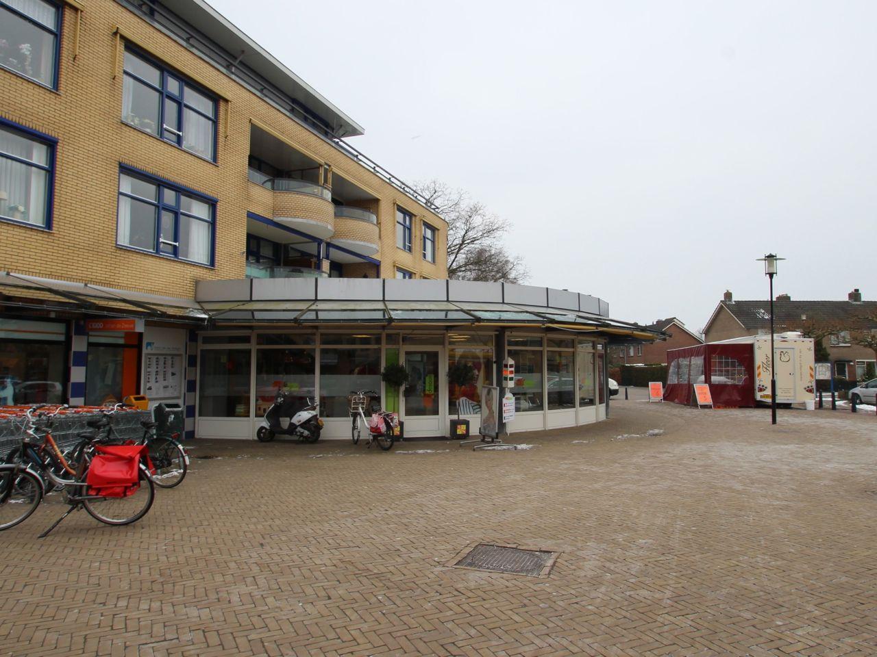 Maertensplein, Maartensdijk