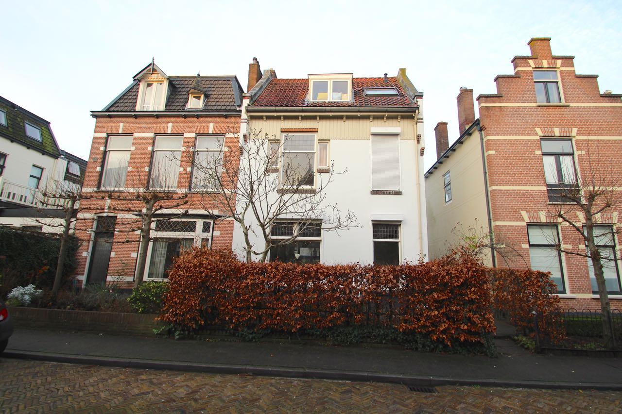 J.H.B. Koekkoekstraat, Hilversum